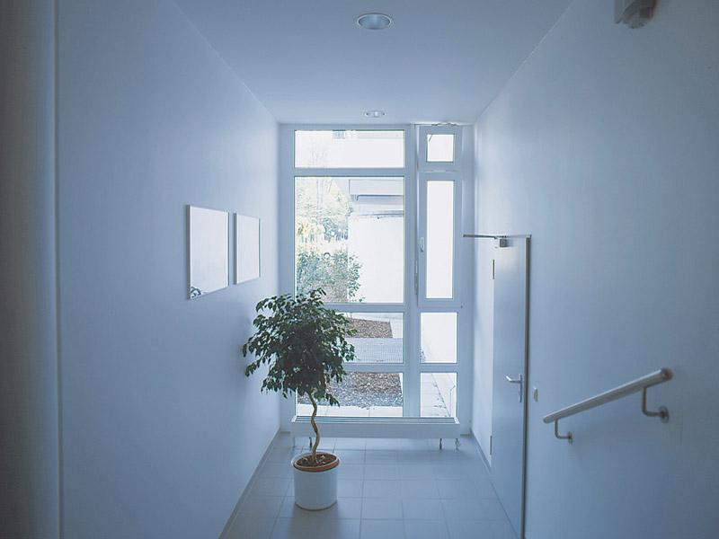 Kā nomainīt logus kāpņu telpā?
